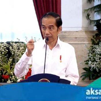 Presiden Jokowi Gelar Rapat Bersama Para Gubernur Bahas Perkembangan Penanganan Covid-19 - aksaranews.com